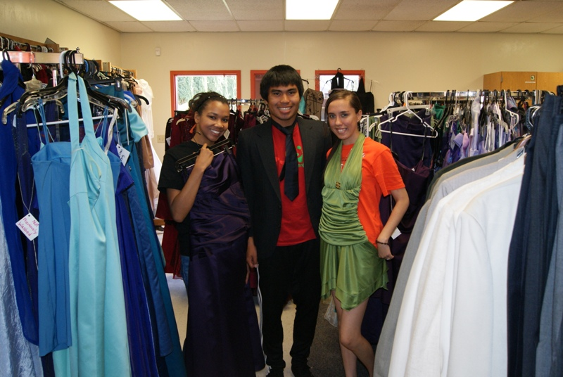 Free Prom Dresses Available At Apple Valley high School