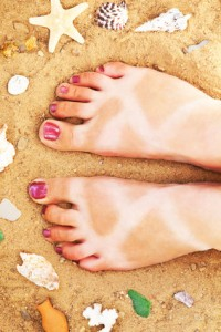 tanning-myths-burnt-feet-200x300