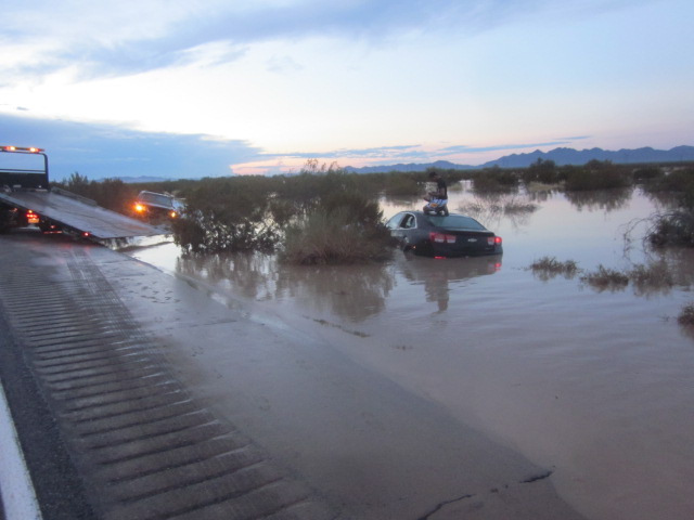(Vehicle stranded on Route 95 near the Arizona State Line)