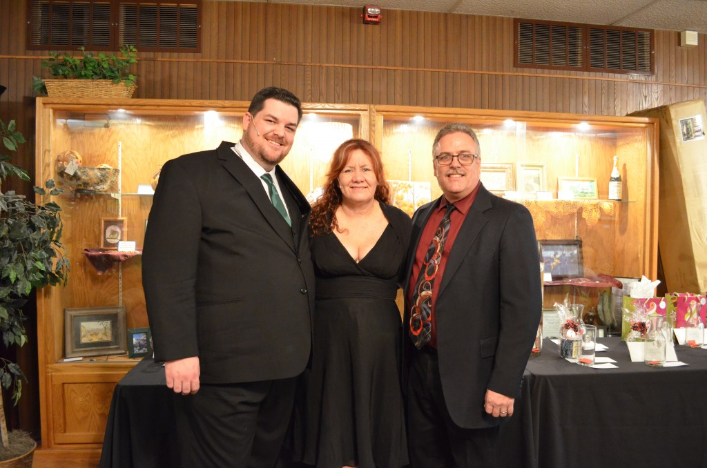 Robert Blomker, Cherie Glisson, and Tim Glisson. Photos by Janice Eck.