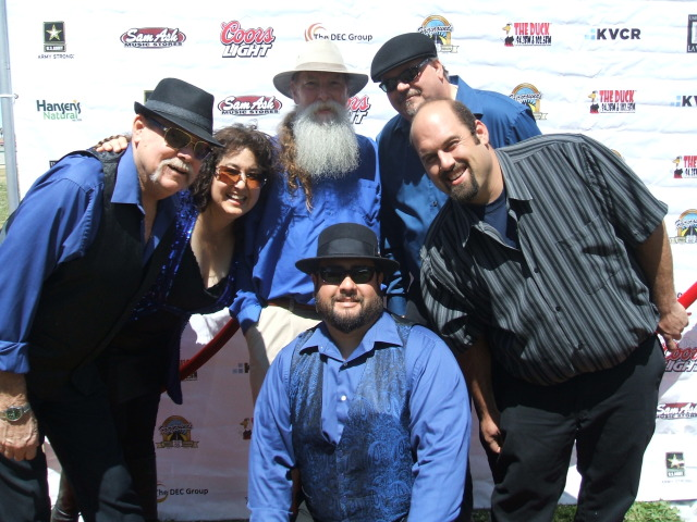 High Desert favorites, The Blue Henrys