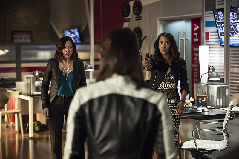 """The Flash -- """"The Darkness and the Light"""" -- Image FLA205B_0131b.jpg --  Photo: Cate Cameron/The CW -- © 2015 The CW Network, LLC. All rights reserved."""